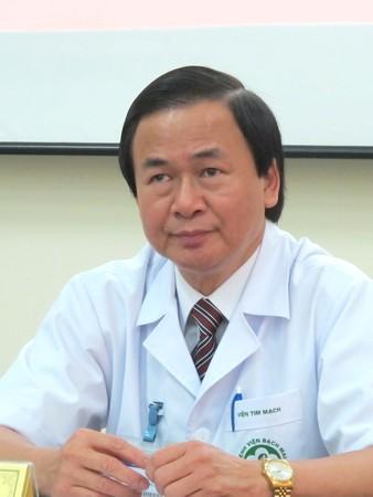 [Bệnh tim mạch]                                           Cơn tăng huyết áp không triệu chứng âm thầm quật ngã nhiều người                                     4679