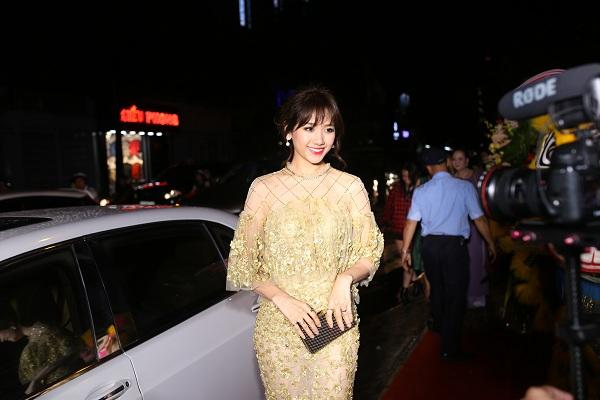 [Bichna Beauty Clinic]                                           NSƯT Kim Xuân và con dâu rạng rỡ tại sự kiện làm đẹp                                     4742