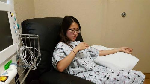 [Nâng ngực]                                           Cô gái Việt chi 150 triệu đồng phẫu thuật nâng ngực tại Mỹ                                     4723